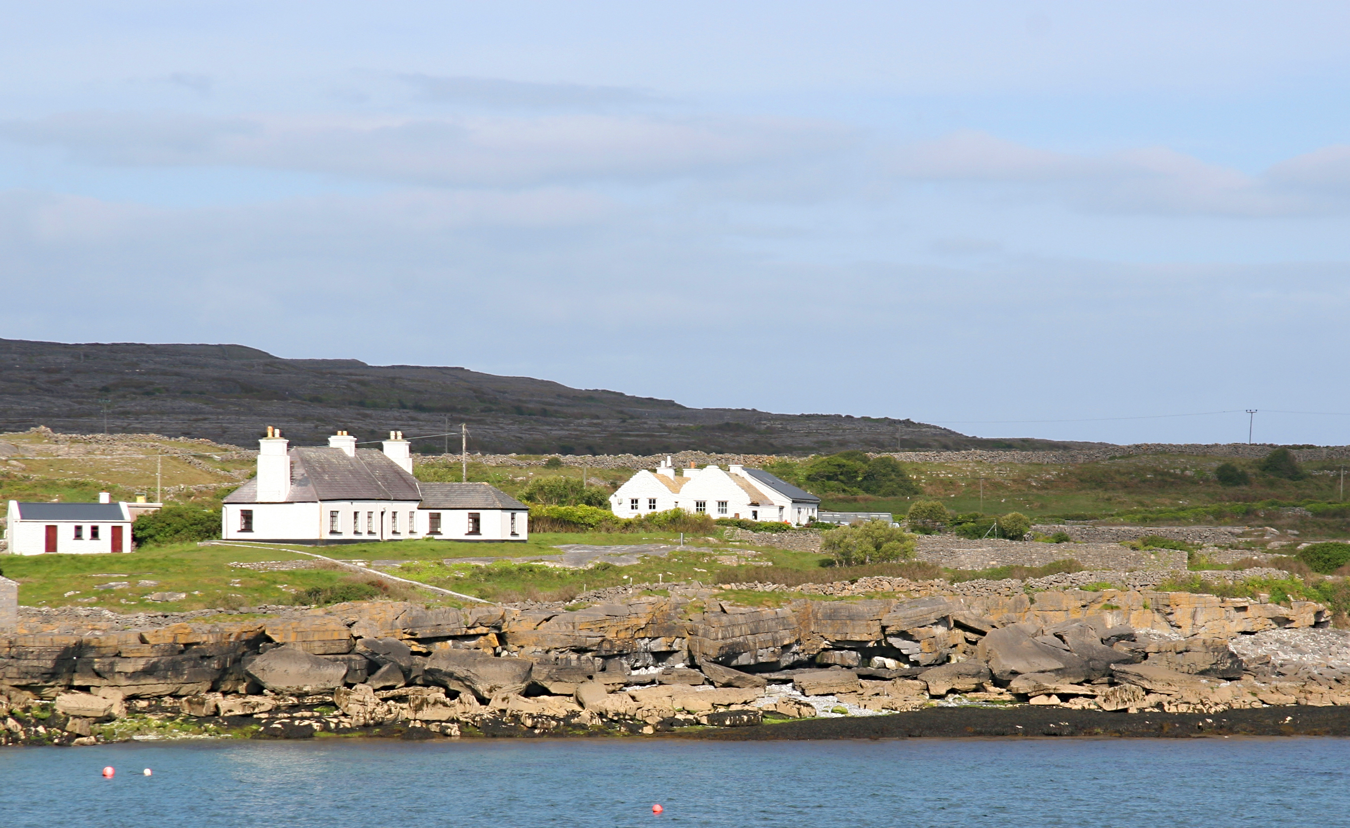 Cottages, Aran Islands Ireland 2.jpg