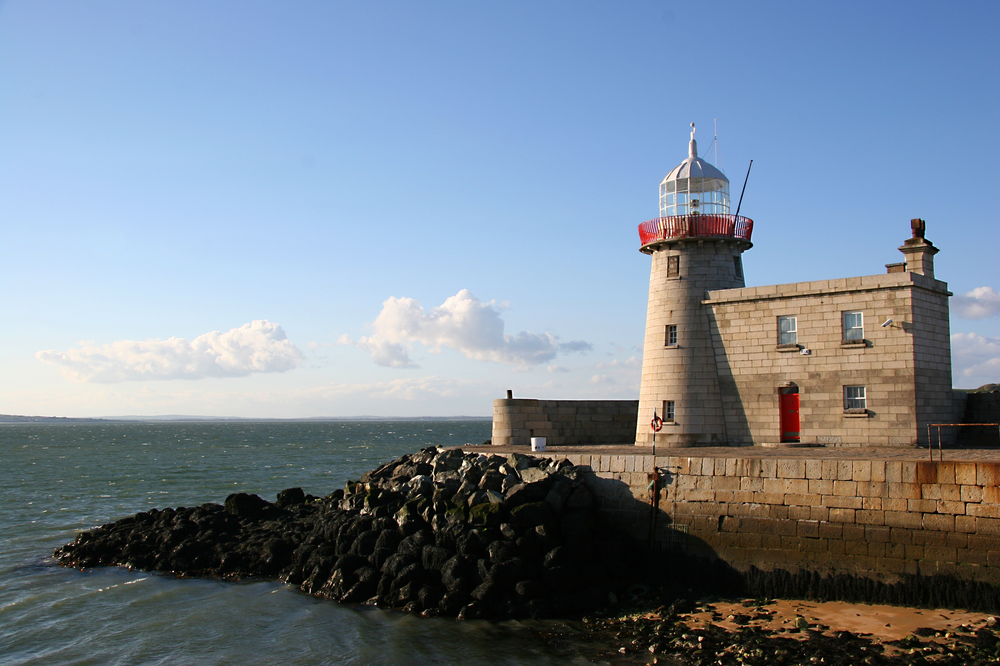 Lighthouse Ireland.jpg