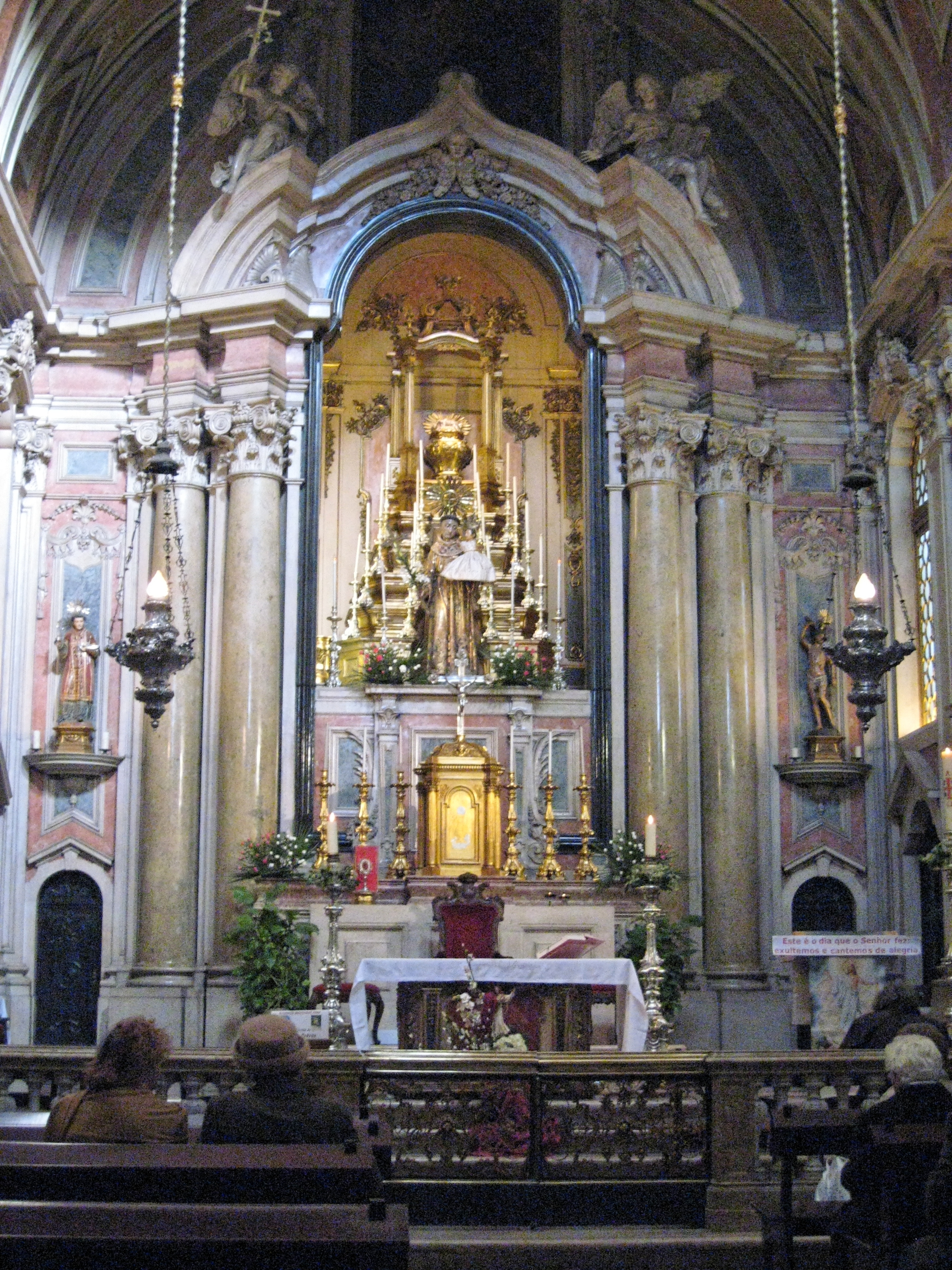Church, Lisbon Portugal.jpg
