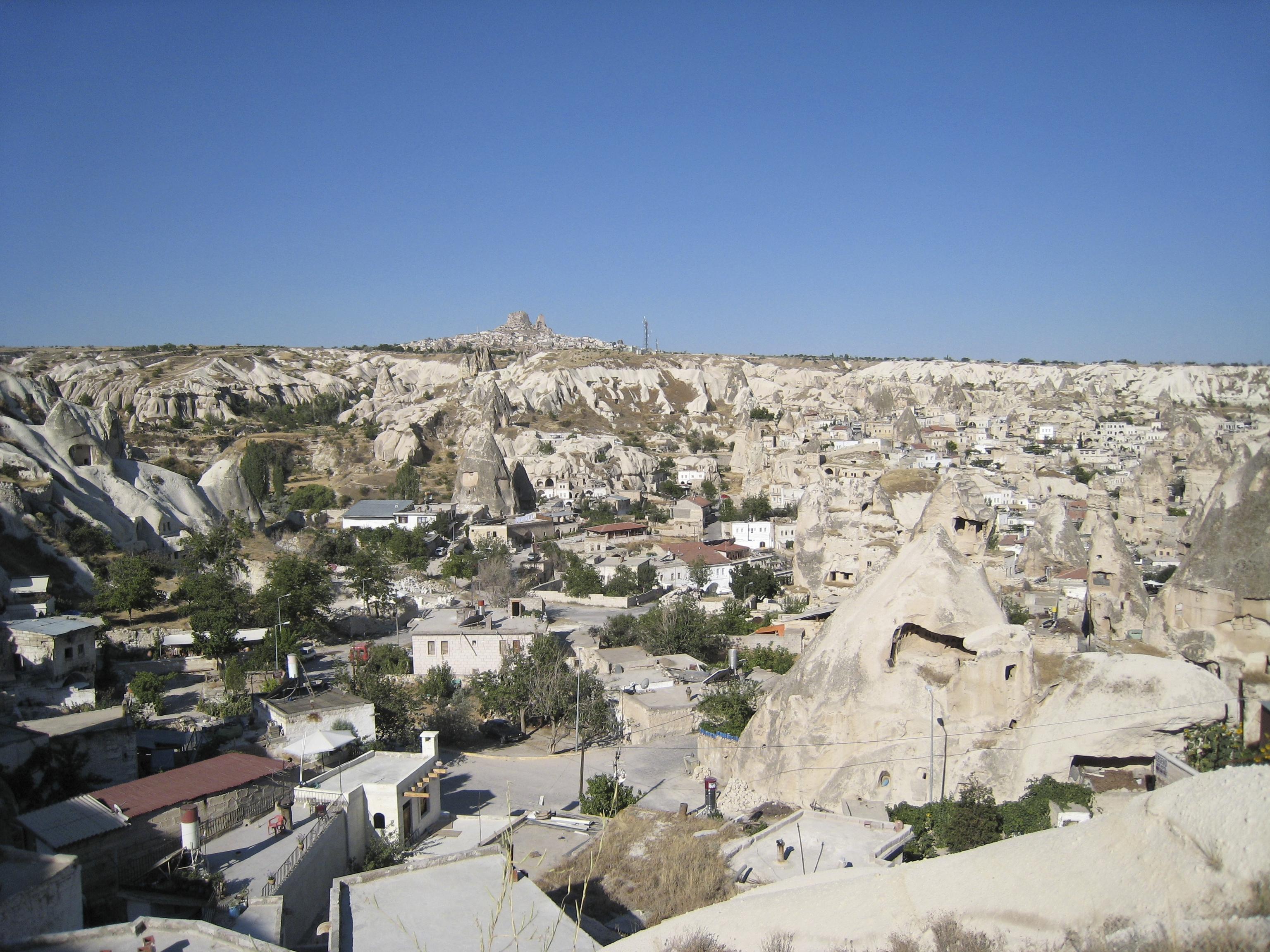 Fairy chimney rock formations, Goreme, Cappadocia Turkey 24.jpg - Goreme, Cappadocia, Turkey